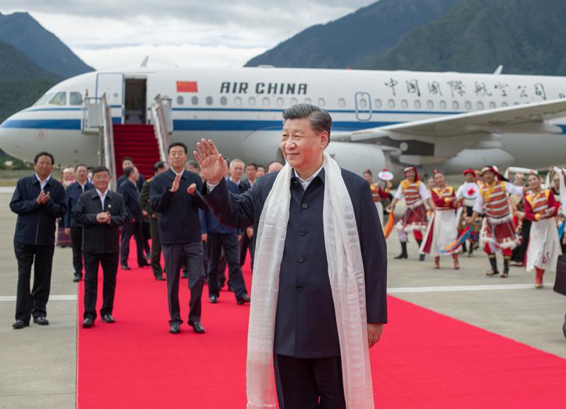 习近平在西藏考察时强调:全面贯彻新时代党的治藏方略 谱写雪域高原长治久安和高质量发展新篇章